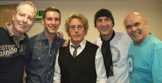 Tony Lowe, Greg Pringle, Roger Daltrey, Simon Townshend, Phil Spalding backstage at Ropetackle